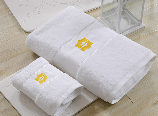 Luxury 100% combed cotton dobby boarder 5 star hotel bath towel